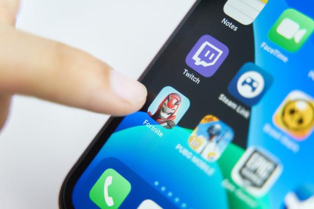 Apple thẳng tay xóa sổ Fortnite khỏi App Store - Ảnh 1.