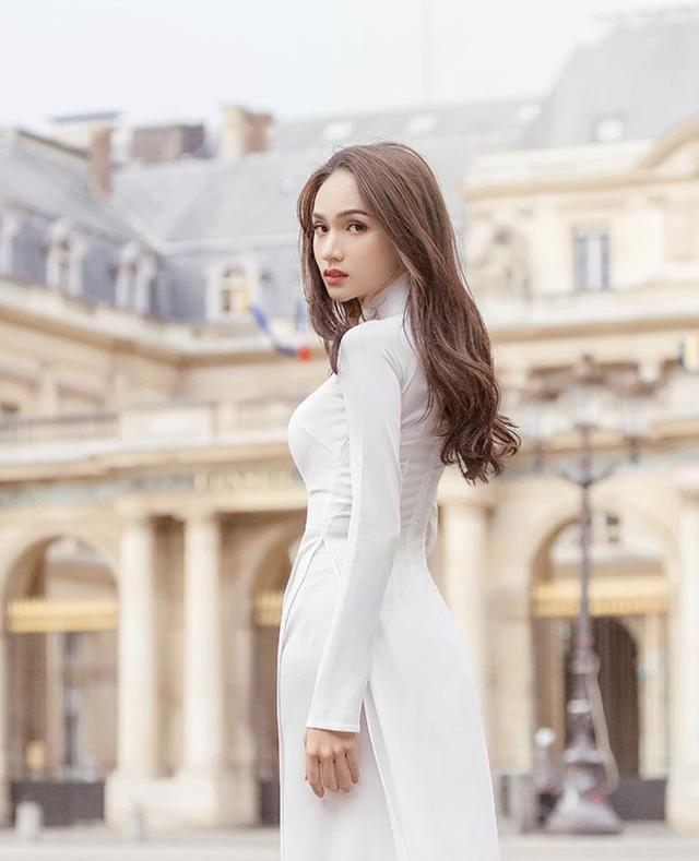 Hương Giang khoe ảnh áo dài thướt tha, nhắc đến Paris - Ảnh 2.