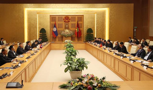Thủ tướng Lào: Sự ra đi của đồng chí Lê Khả Phiêu là một tổn thất to lớn - Ảnh 1.