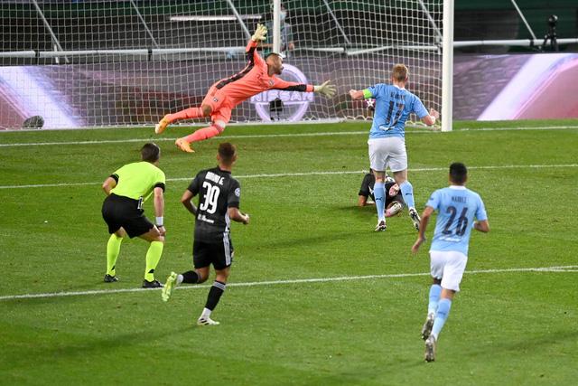 Man City gục ngã trước Lyon tại tứ kết Champions League - Ảnh 7.
