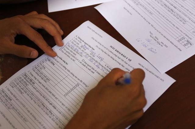 ĐT U22 Việt Nam nghiêm túc thực hiện kiểm tra y tế trong ngày hội quân - Ảnh 11.
