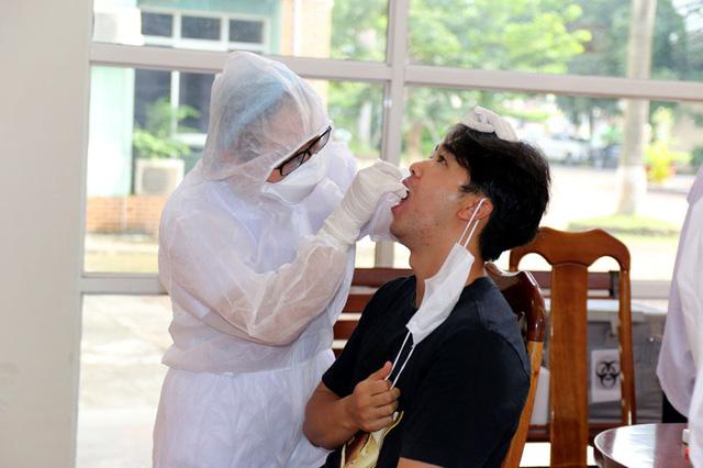ĐT U22 Việt Nam nghiêm túc thực hiện kiểm tra y tế trong ngày hội quân - Ảnh 18.