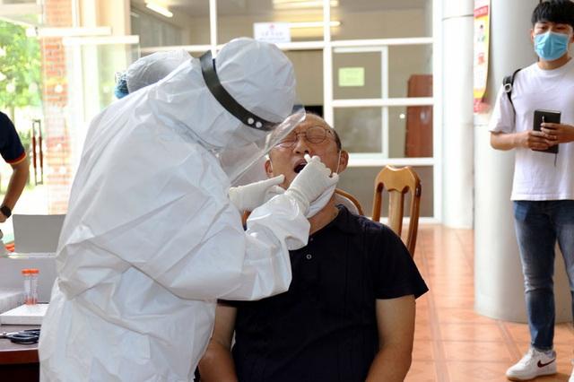 ĐT U22 Việt Nam nghiêm túc thực hiện kiểm tra y tế trong ngày hội quân - Ảnh 19.