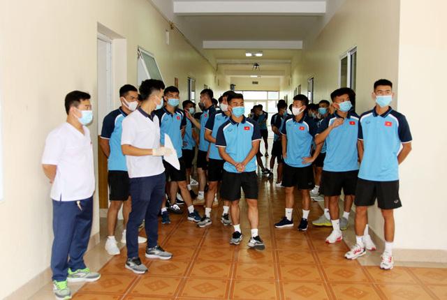 ĐT U22 Việt Nam nghiêm túc thực hiện kiểm tra y tế trong ngày hội quân - Ảnh 20.