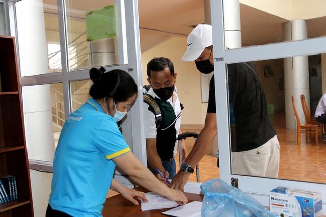 ĐT U22 Việt Nam nghiêm túc thực hiện kiểm tra y tế trong ngày hội quân - Ảnh 3.