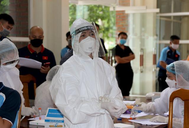 ĐT U22 Việt Nam nghiêm túc thực hiện kiểm tra y tế trong ngày hội quân - Ảnh 21.