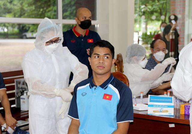 ĐT U22 Việt Nam nghiêm túc thực hiện kiểm tra y tế trong ngày hội quân - Ảnh 26.