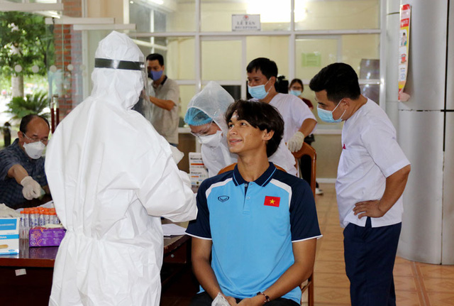 ĐT U22 Việt Nam nghiêm túc thực hiện kiểm tra y tế trong ngày hội quân - Ảnh 27.