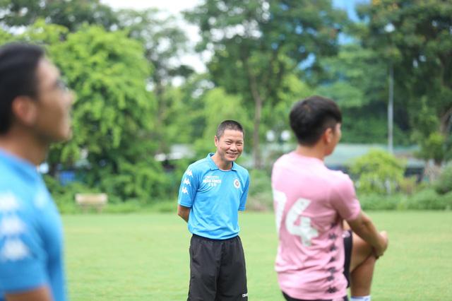Đoàn Văn Hậu trở lại tập luyện cùng CLB Hà Nội - Ảnh 2.