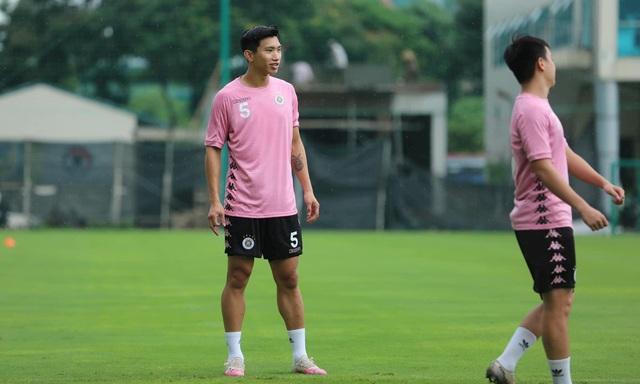 Đoàn Văn Hậu trở lại tập luyện cùng CLB Hà Nội - Ảnh 6.