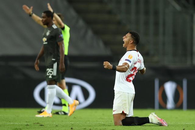 Man Utd dừng bước trước Sevilla, xác định đội đầu tiên vào chung kết Europa League - Ảnh 4.