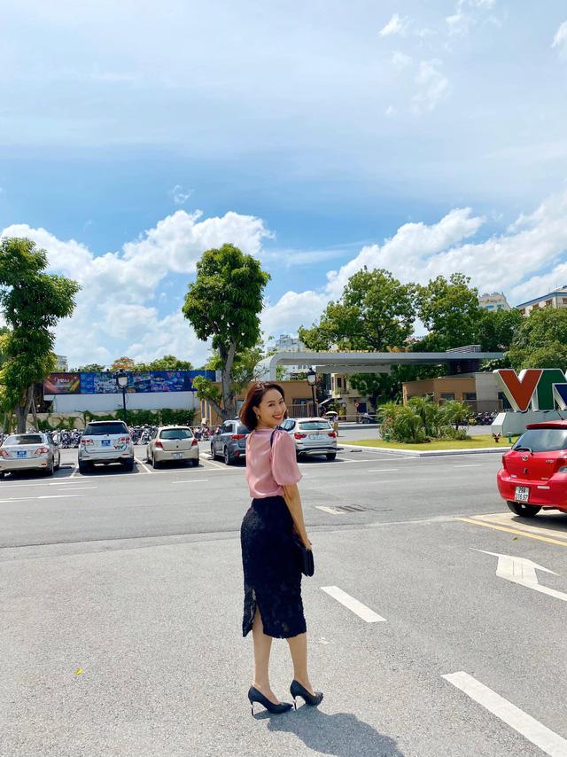 Hồng Diễm: Nguồn cảm hứng tuyệt vời cho những cô nàng công sở - Ảnh 3.