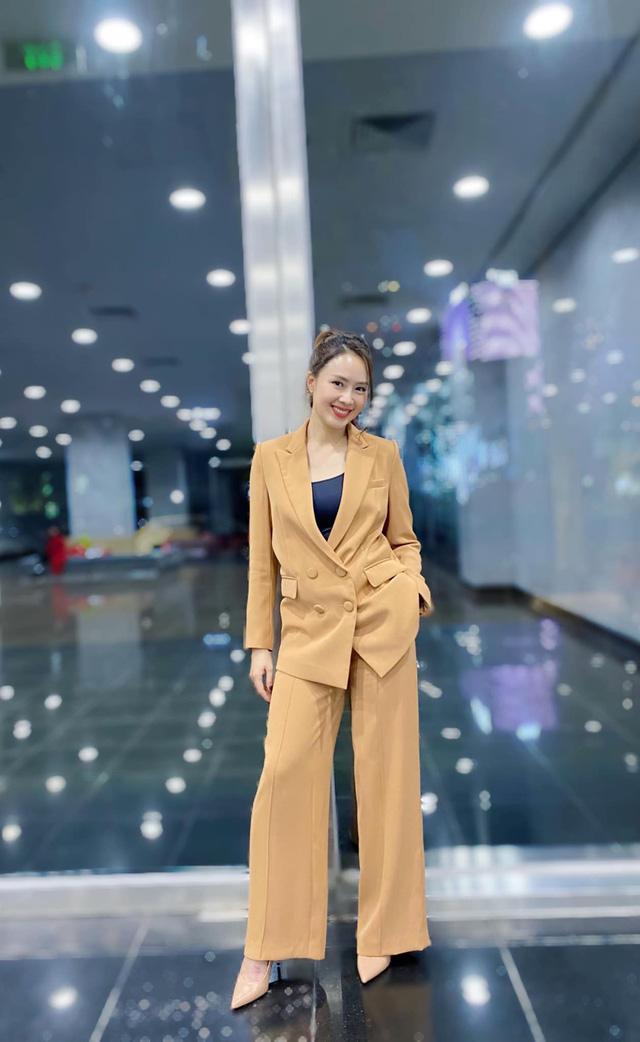 Hồng Diễm: Nguồn cảm hứng tuyệt vời cho những cô nàng công sở - Ảnh 8.