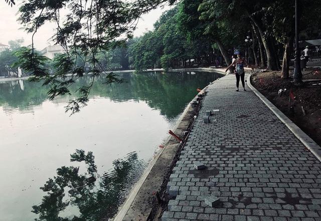 Hoàn thành công trình kè hồ Hoàn Kiếm sau 65 ngày thi công - Ảnh 14.