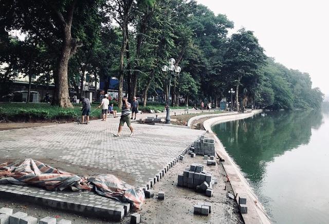 Hoàn thành công trình kè hồ Hoàn Kiếm sau 65 ngày thi công - Ảnh 8.