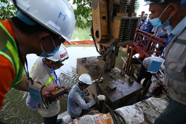 Hoàn thành công trình kè hồ Hoàn Kiếm sau 65 ngày thi công - Ảnh 4.