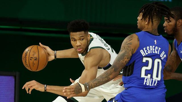 NBA Playoffs 2020 - ngày 23/8: Đẳng cấp của sự nỗ lực - Ảnh 2.