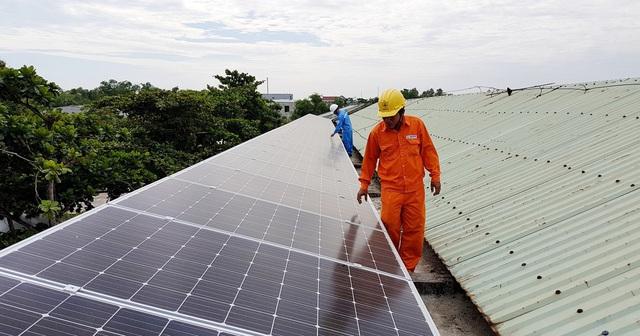 Cuối năm sẽ có phương án đấu thầu điện mặt trời - Ảnh 2.