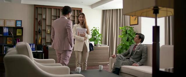 Tình yêu và tham vọng - Tập 51: Linh bất ngờ xin trở lại Hoàng Thổ, cả Sơn và Minh... sốc nặng - Ảnh 1.