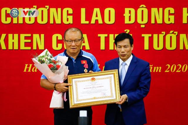 HLV Park Hang Seo: Xin chân thành cảm ơn nhân dân Việt Nam - Ảnh 2.