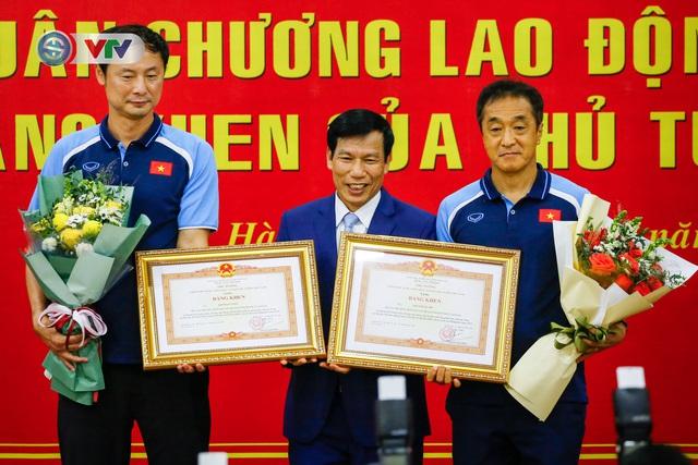 HLV Park Hang Seo nhận vinh dự chưa từng có trong lịch sử bóng đá Việt Nam - Ảnh 3.