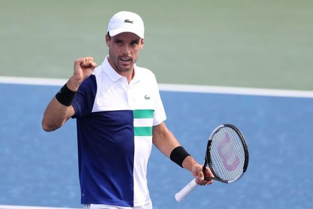 Novak Djokovic dễ dàng vào bán kết Cincinnati 2020 - Ảnh 3.
