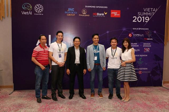 Hỗ trợ đào tạo nhân lực AI, Machine Learning tại Việt Nam - Ảnh 1.