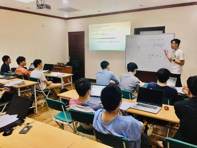 Hỗ trợ đào tạo nhân lực AI, Machine Learning tại Việt Nam - Ảnh 2.