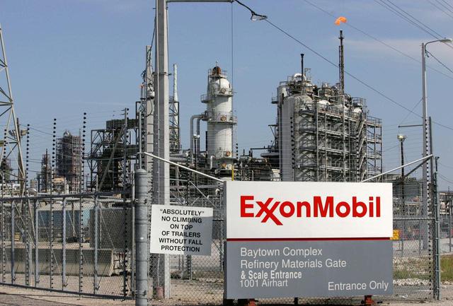 Exxon Mobil - Sự sụp đổ của ngành dầu khí? - Ảnh 1.