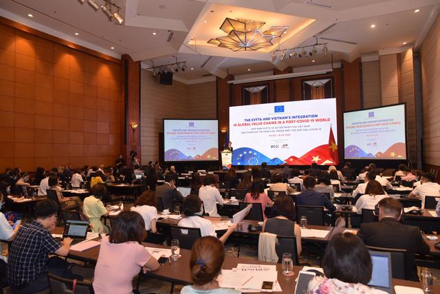 Doanh nghiệp Việt cần tham gia sâu vào chuỗi cung ứng toàn cầu về Công nghiệp hỗ trợ - Ảnh 1.