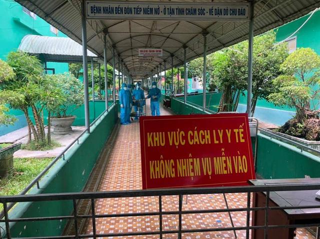 Bộ Y tế khẩn cấp điều thêm chuyên gia tới Thừa Thiên-Huế và Quảng Nam - Ảnh 2.