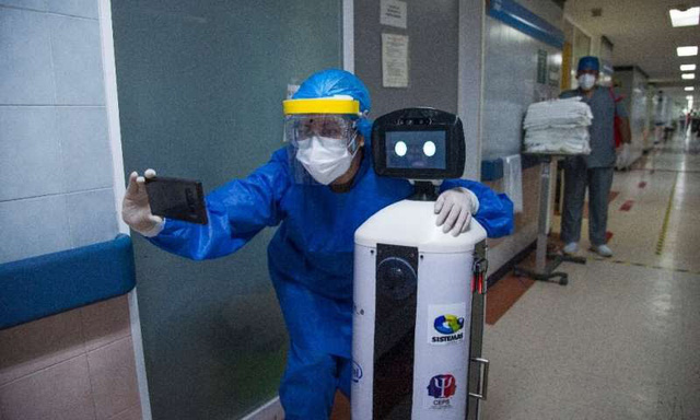 Độc đáo, Robot chăm sóc bệnh nhân COVID-19 cô đơn ở Mexico - ảnh 2