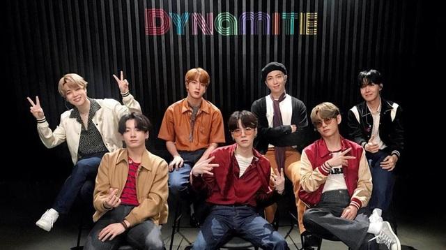 BTS lập nên kì tích, trở thành nghệ sĩ K-Pop đầu tiên đạt vị trí Quán quân Billboard 100 - Ảnh 1.