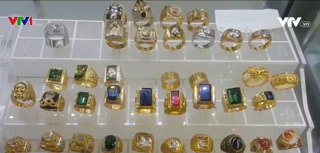 Sự thật về trang sức vàng non trên thị trường - Ảnh 1.