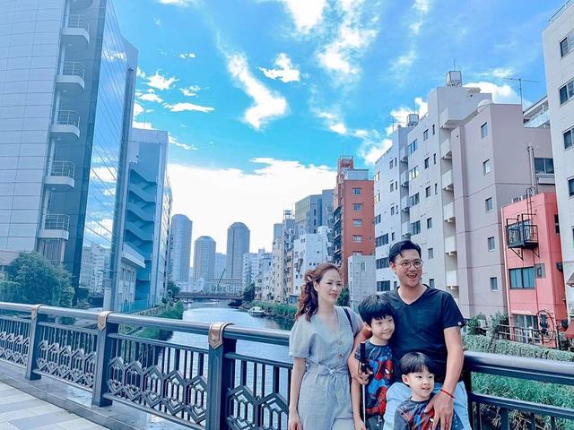Gia đình Hồng Đăng, Đan Lê khoe ảnh đi du lịch chung - Ảnh 3.