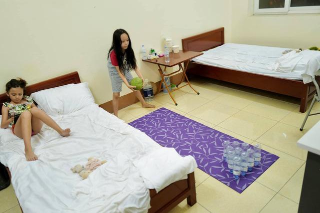 Diva Hồng Nhung chia sẻ hình ảnh giản dị từ khu cách ly - Ảnh 2.