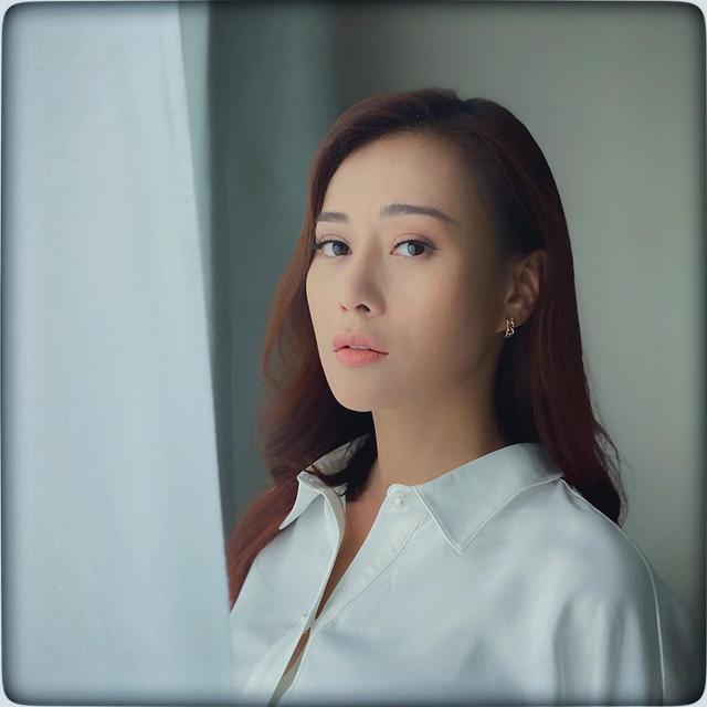 Phương Oanh đẹp siêu lòng qua ống kính của Huỳnh Anh - Ảnh 1.