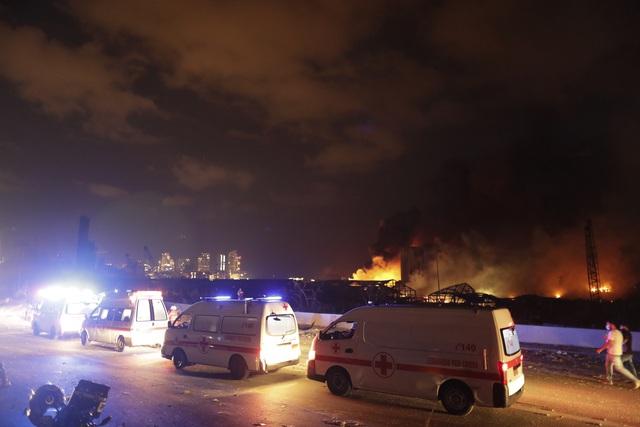 Nổ lớn làm rung chuyển thủ đô Lebanon, 73 người thiệt mạng, hàng nghìn người bị thương - ảnh 2