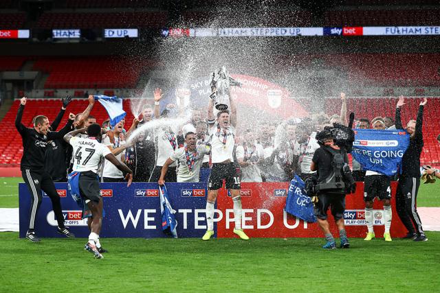 Fulham thắng kịch tính Brentford trong trận cầu 100 triệu bảng - Ảnh 3.