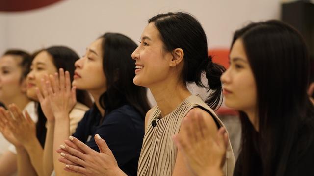 Kathy Uyên và bước chuyển làm đạo diễn: Tôi không thể trông vào may mắn - Ảnh 3.