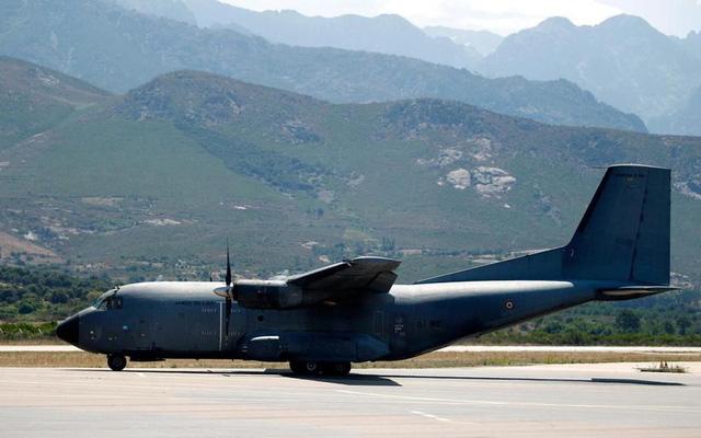 Cộng đồng quốc tế gửi hàng và nhân viên cứu trợ tới Lebanon - Ảnh 2.