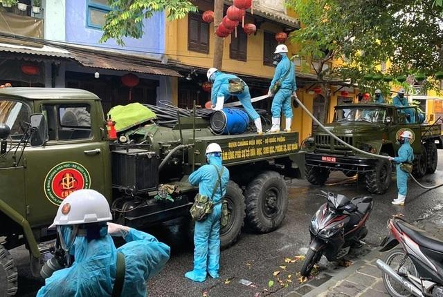 Số ca bệnh tăng nhanh, Quảng Nam quyết liệt ngăn chặn COVID-19 - Ảnh 4.