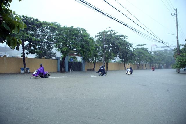 Sạt lở đất ở Lào Cai khiến 2 vợ chồng tử vong - Ảnh 2.