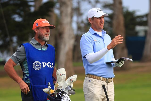 Điểm nhấn vòng 1 PGA Championship 2020: Tiger Woods khởi đầu mạnh mẽ, Dechambeau làm gãy gậy - Ảnh 5.