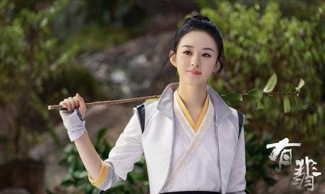 Top 10 sao quyền lực mạng Trung Quốc: Dương Mịch - Triệu Lệ Dĩnh dẫn đầu, người thứ 3 gây bất ngờ - Ảnh 2.