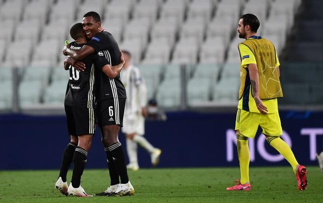 Ronaldo lập cú đúp, Juventus vẫn bị loại khỏi Champions League - Ảnh 5.