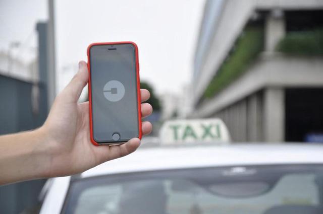 """Tài xế taxi công nghệ Mỹ rơi vào cảnh """"tiến thoái lưỡng nan"""" - Ảnh 2."""