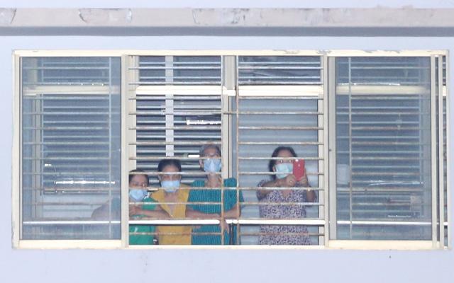 Y bác sĩ Bệnh viện C Đà Nẵng vui mừng khi dỡ bỏ lệnh phong tỏa, mở cửa đón bệnh nhân - Ảnh 4.