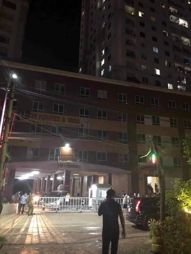 Hà Nội phong tỏa tòa nhà có bệnh nhân mắc COVID-19 số 785 - Ảnh 7.