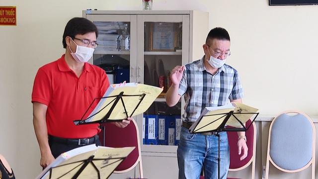 Các nghệ sĩ nỗ lực giải cứu sân khấu thoát khỏi khủng hoảng đại dịch - Ảnh 5.